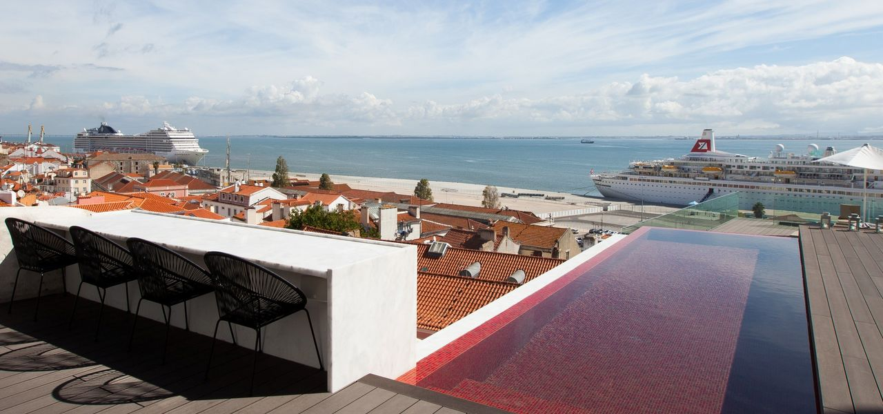 <span>memmo Alfama Terrace</span>Stunning views over the river